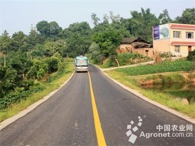 为切实保障辖区内农村道路交通安全平稳态势