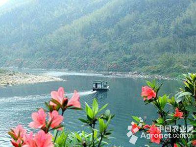 """""""融水生态优美,自然风景和民俗活动众多,被称为柳州的后花园,我们"""