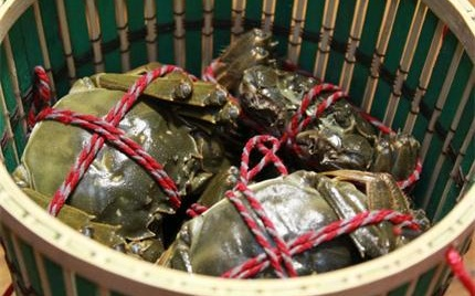 上海大蟹稀缺导致市场价格翻倍 本地蟹崭露头角